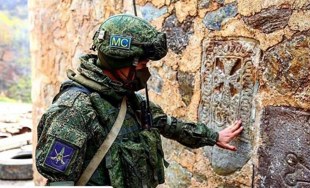 Российский миротворец в Дадиванке. Ноябрь 2020 года (фото из открытых источников).